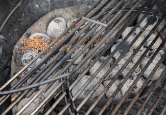 MATADOR'S BBQ Räucherchips / Smoking Chips Olivenkerne 800g Bild 4