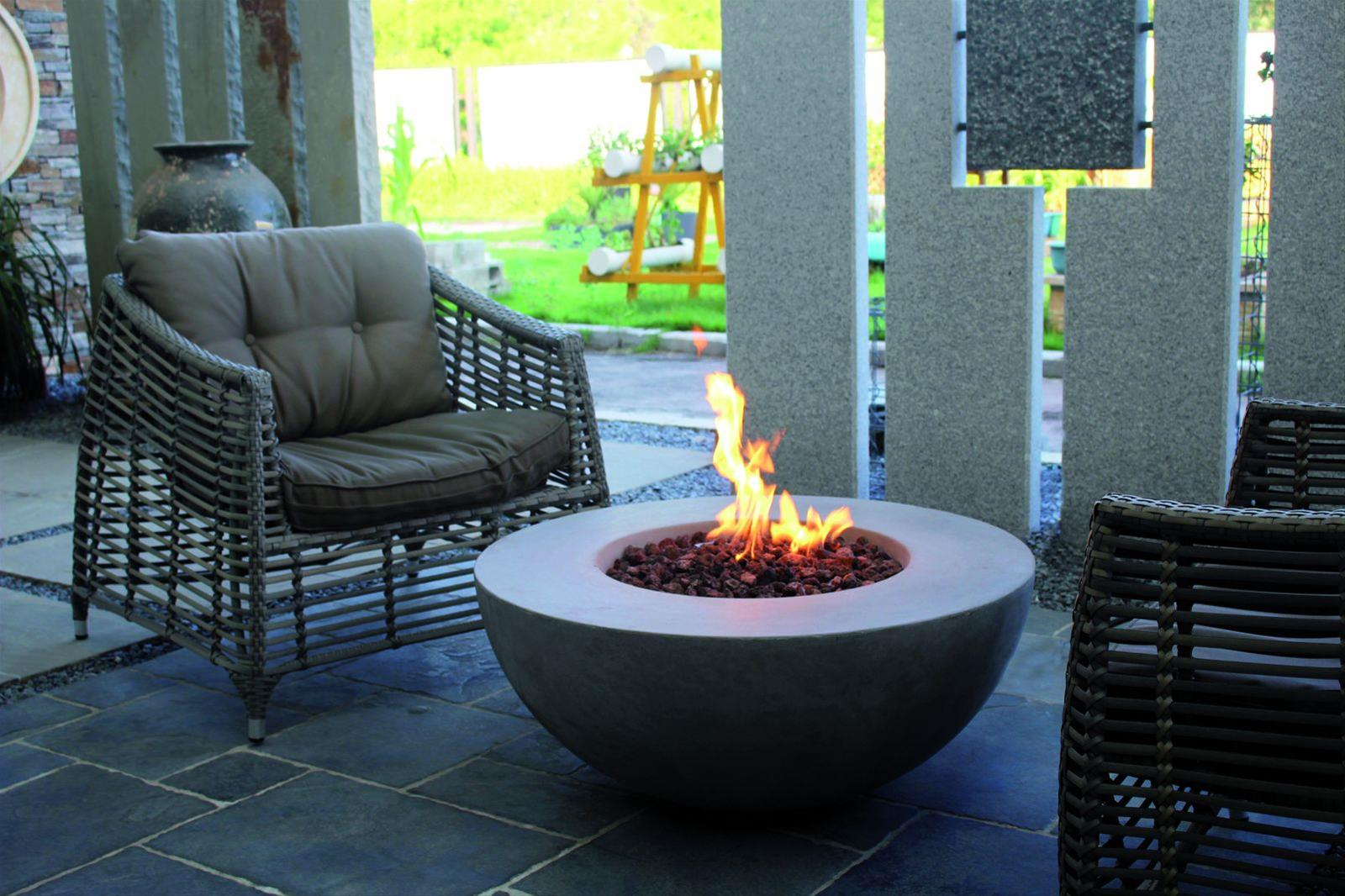 Gas Feuerstelle / Gartenfeuer GardenForma Ätna Betonoptik grau Bild 2