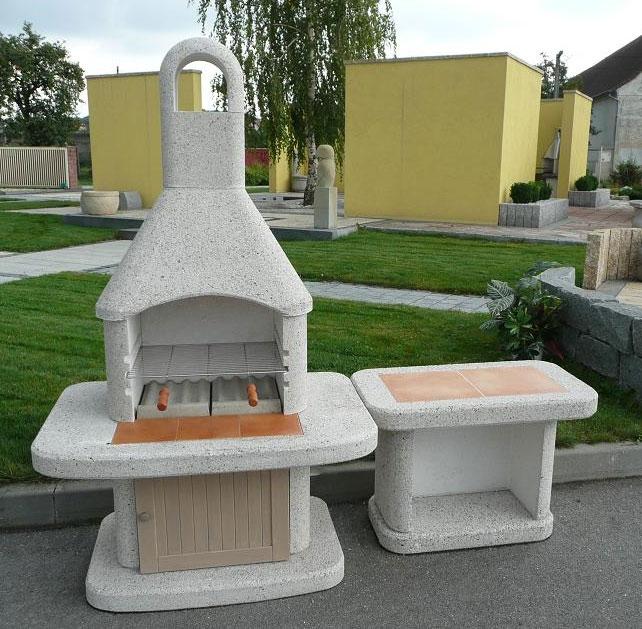 Wellfire Gartenkamin / Grillkamin Siesta weiß mit Tisch und Tür 185cm Bild 1