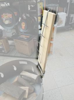 Flammlachsbrett, Lachsbrett Buche 50x14x1,9cm mit Halter Bild 4