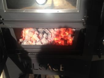 Vulcano V1 Flammkuchenofen, Pizzaofen inkl. Rauchrohr und Untergestell Bild 4