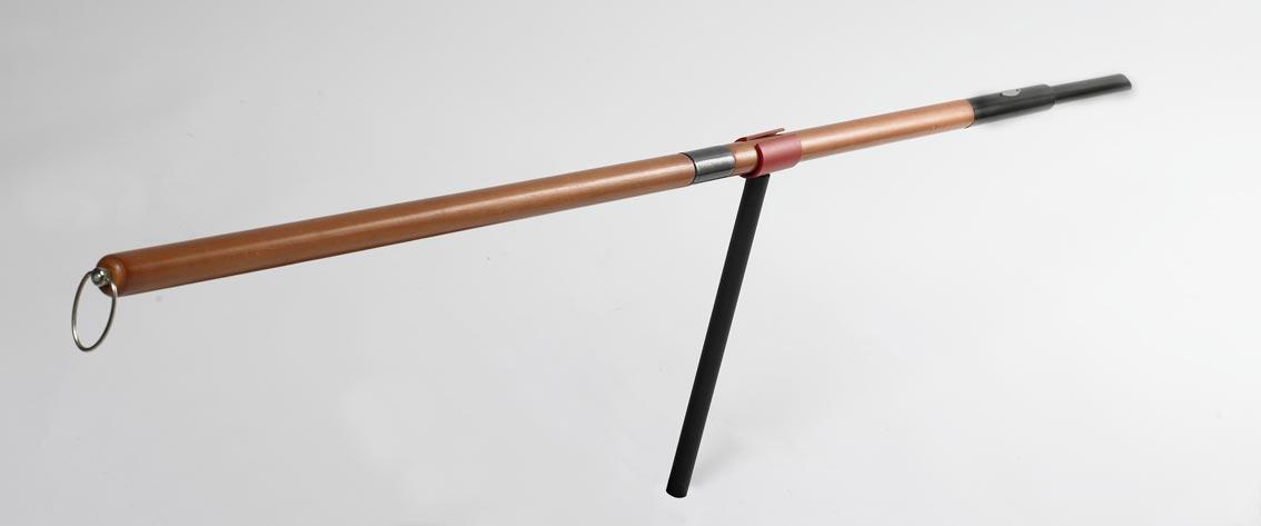 Bon-fire Halter für Stockbrot Stab / Grillspieß schwarz rot Bild 3